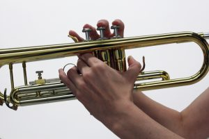 hold a trumpet