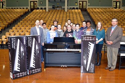 VH1 Save the Music Grant Awarded to Cedar Rapids Schools